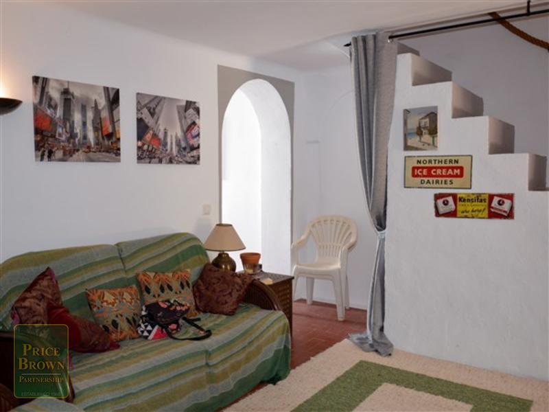A1368: Apartment for Sale in Cortijo Grande, Almería
