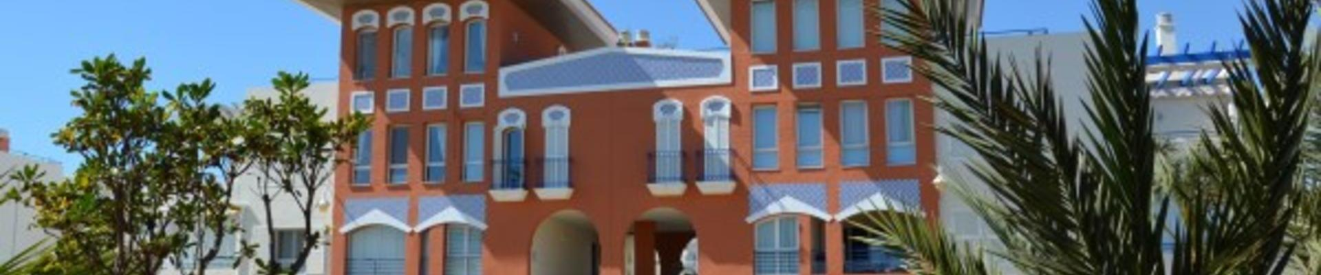 A1373: 3 Bedroom Apartment for Sale