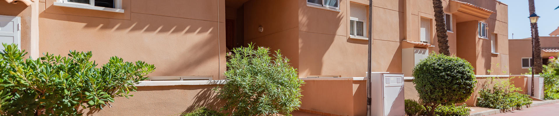 a1386: 2 Bedroom Apartment for Sale