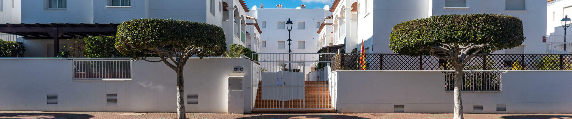 A1415: 3 Bedroom Apartment for Sale