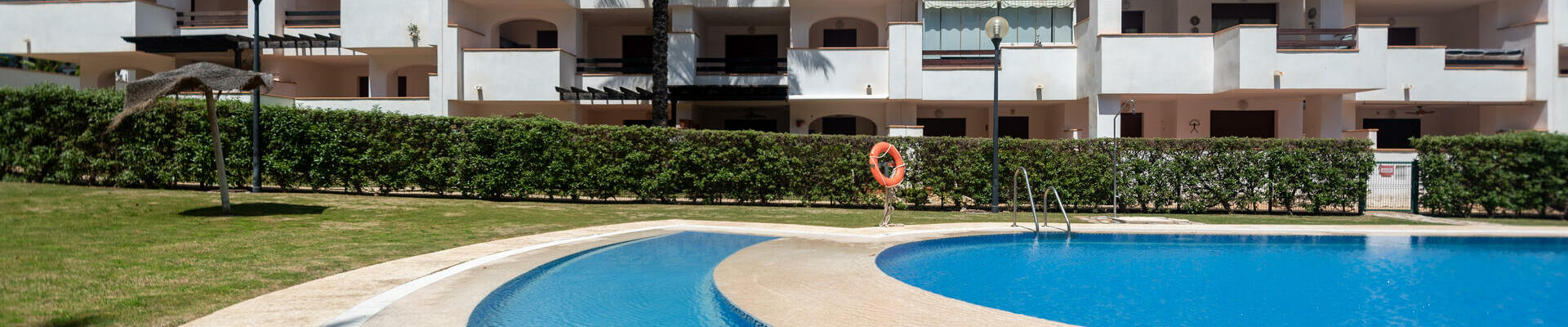 A1422: 2 Bedroom Apartment for Sale