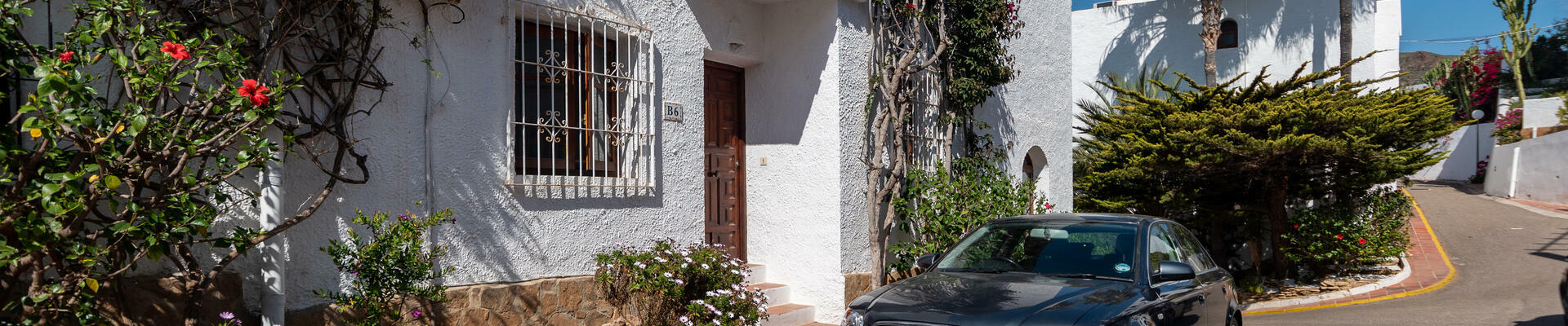 A1423: 2 Bedroom Apartment for Sale