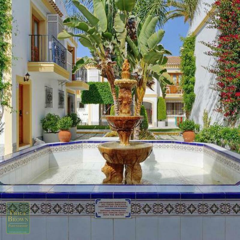 A1438: Apartamento en venta en Vera Playa, Almería