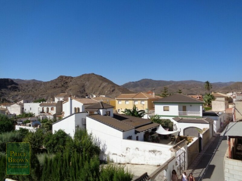 AF466: Townhouse for Sale in Cantoria, Almería