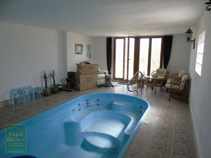 AF469: Cortijo for Sale in Velez-Rubio, Almería