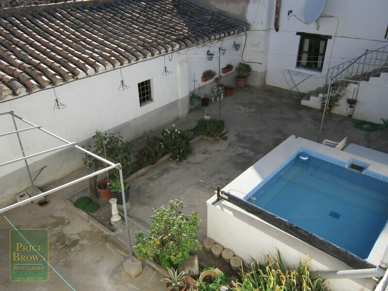 Townhouse in Caniles, Granada