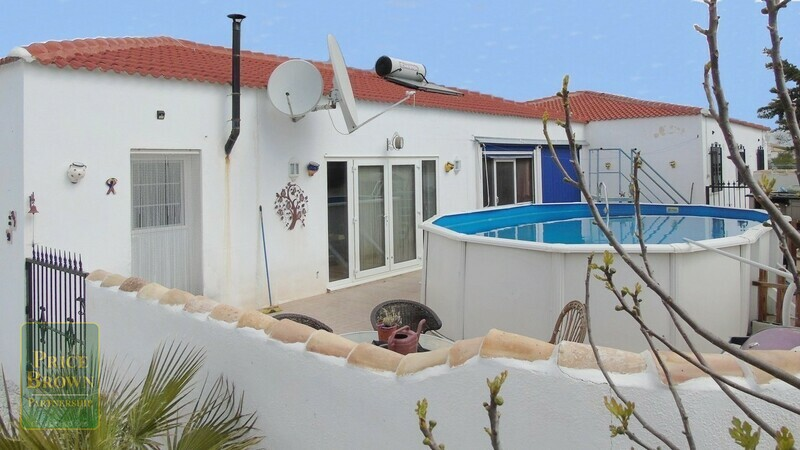 AF488: Villa for Sale in Oria, Almería
