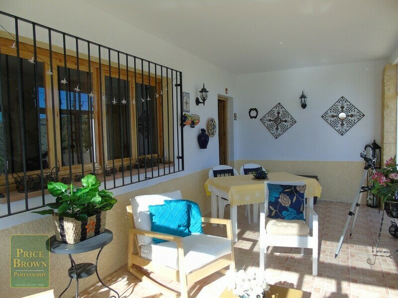AF493: Villa for Sale in Saliente Alto, Almería