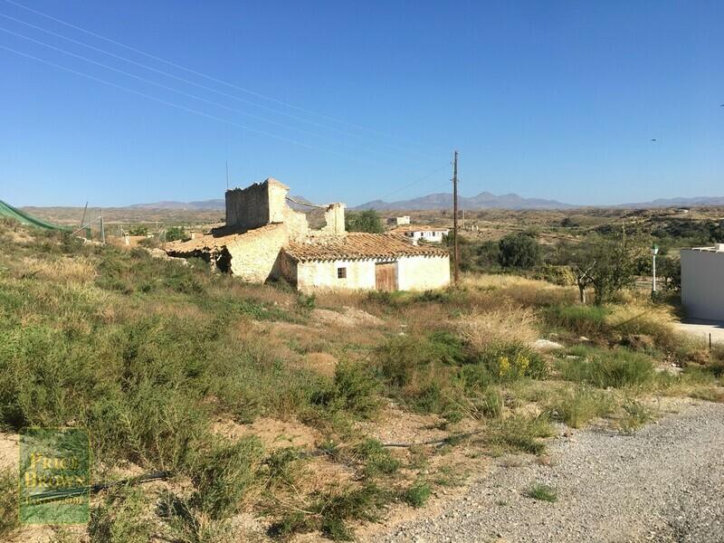 Land in Partaloa, Almería