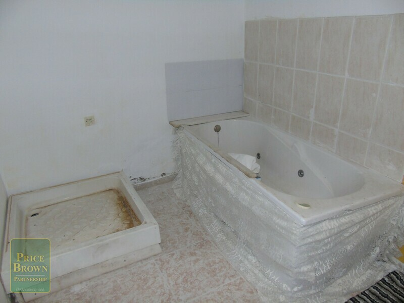 AF513: Townhouse for Sale in Macael, Almería