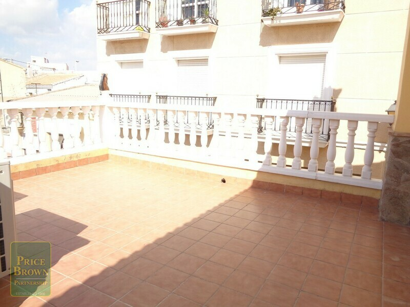 AF518: Townhouse for Sale in La Alfoquia, Almería