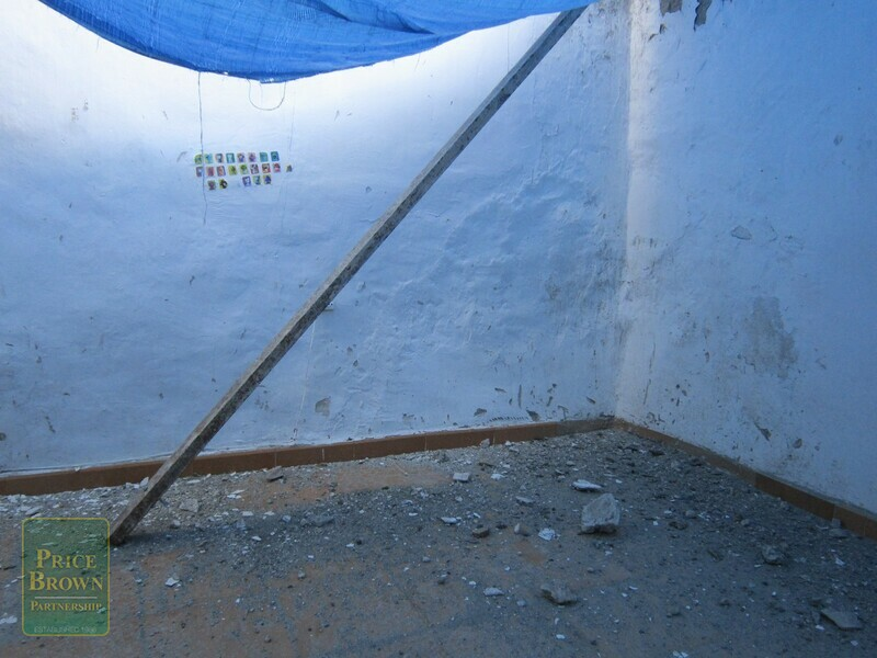AF532: Townhouse for Sale in Lucar, Almería