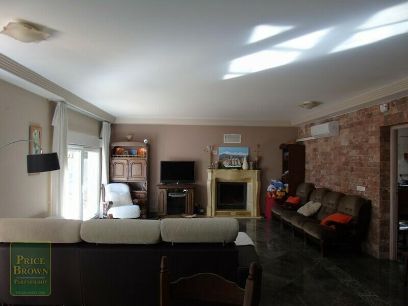 AF533: Cortijo for Sale in Purchena, Almería