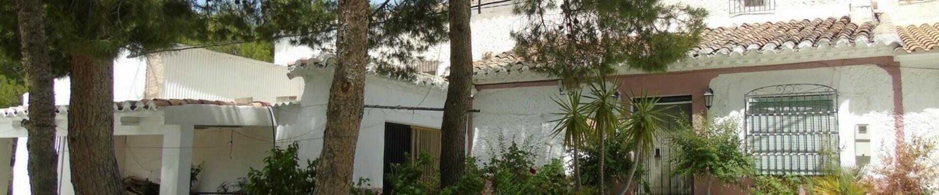 AF557: 4 Bedroom Cortijo for Sale