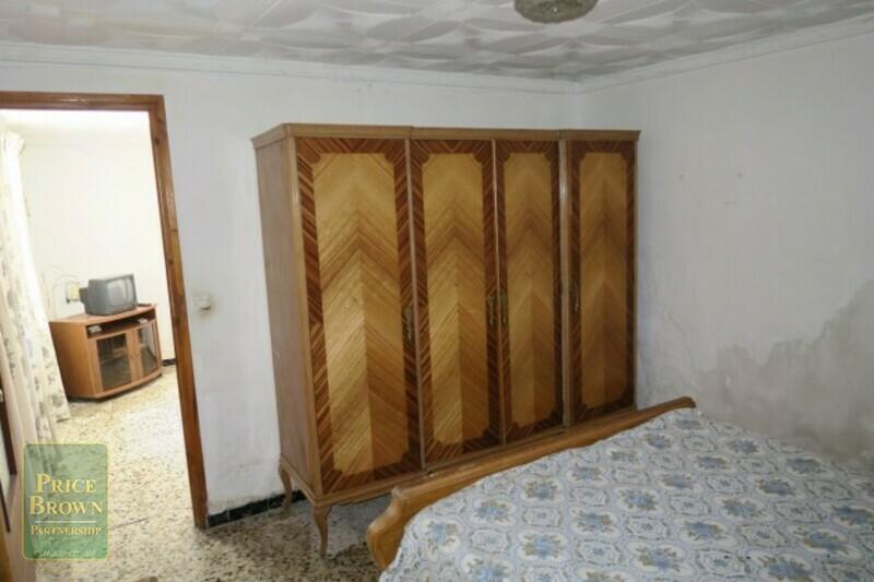 AF573: Cortijo for Sale in Oria, Almería