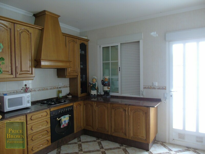 AF574: Townhouse for Sale in Chirivel, Almería