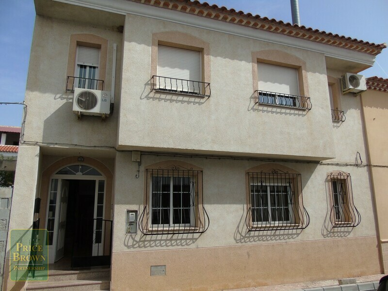 Townhouse in Chirivel, Almería