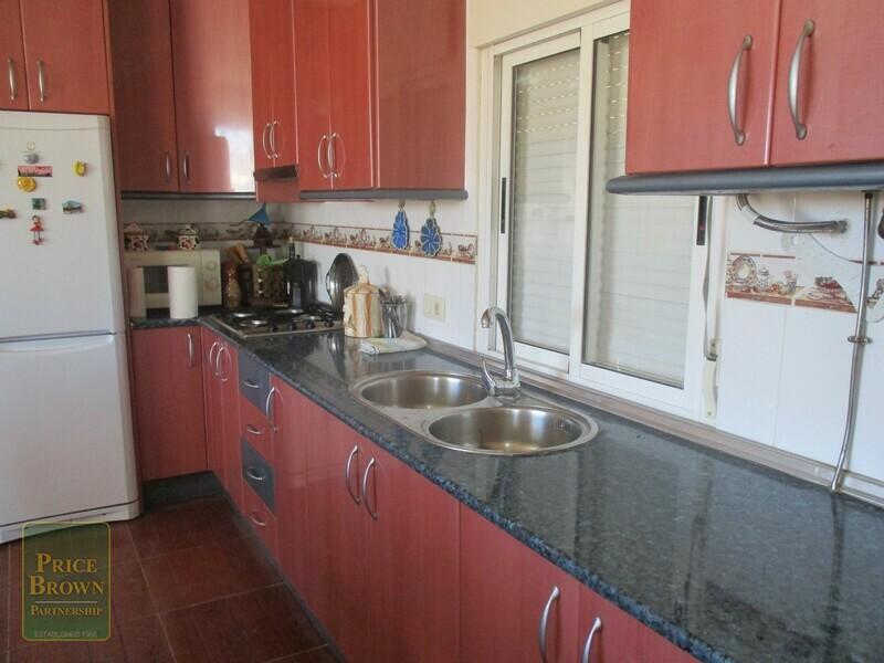 AF614: Cortijo for Sale in Fines, Almería