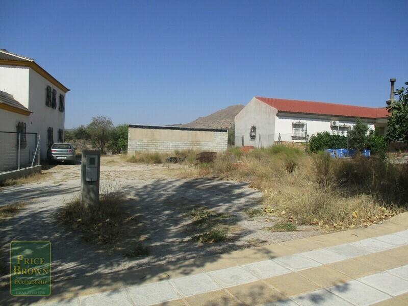 AF620: Land for Sale in Oria, Almería