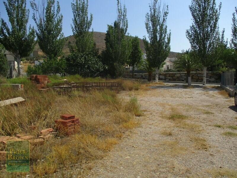 Land in Oria, Almería