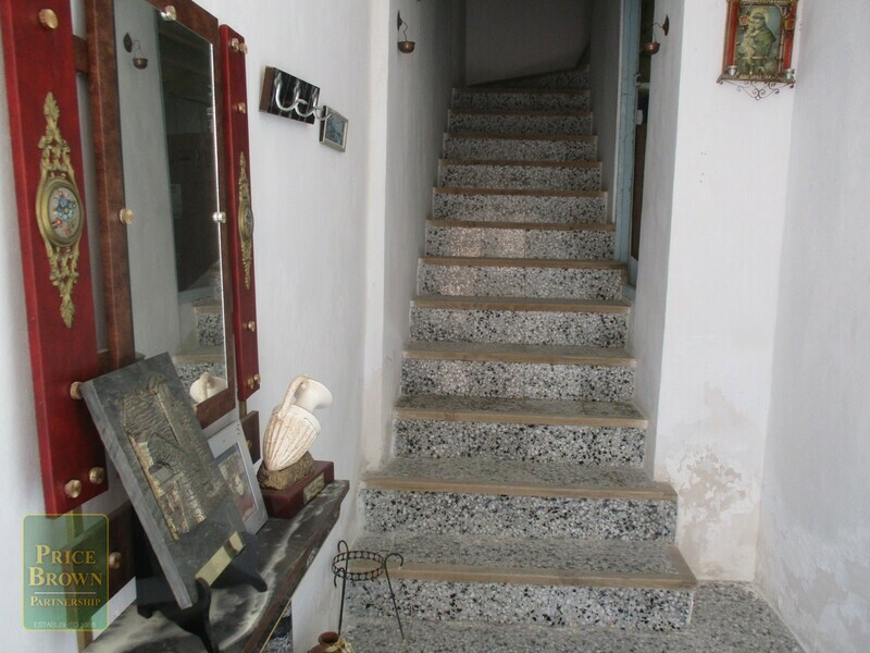 AF621: Townhouse for Sale in Oria, Almería