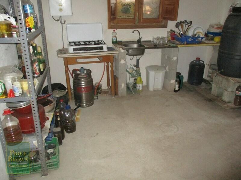 AF622: Cortijo for Sale in Oria, Almería