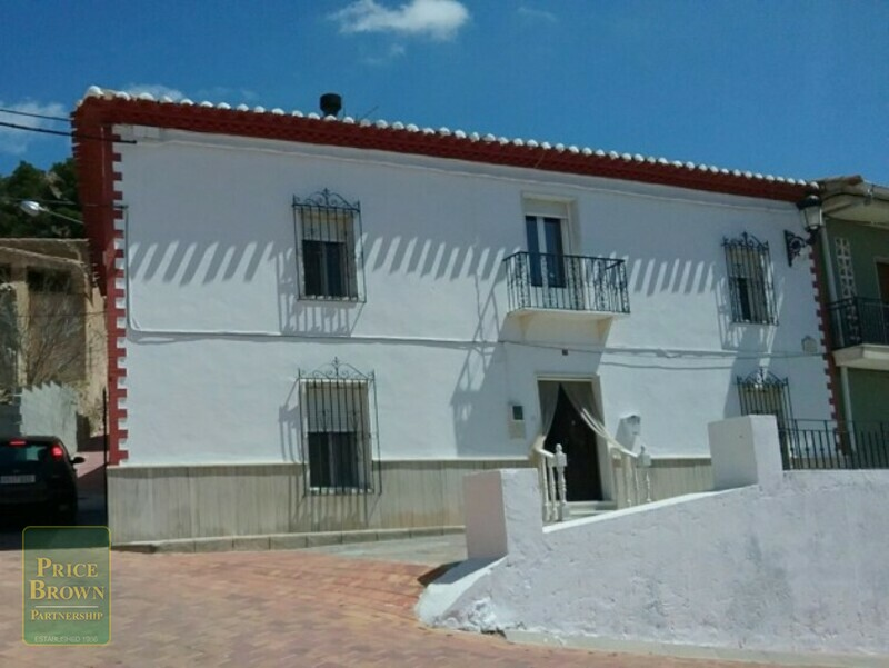 Townhouse in Oria, Almería