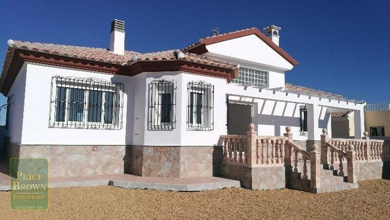 AF647: Villa for Sale in Arboleas, Almería
