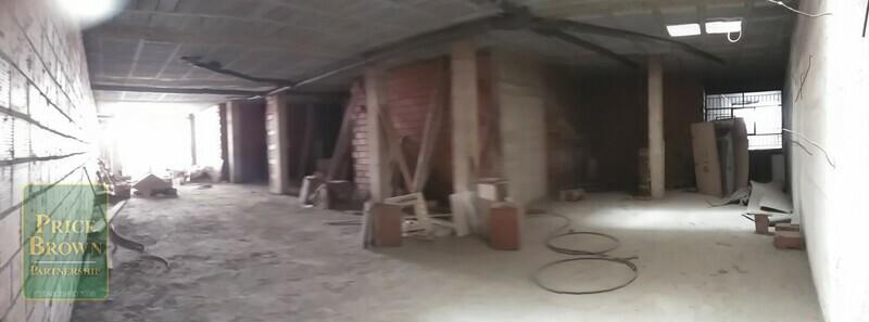 AF680: Commercial Property for Sale in Albox, Almería
