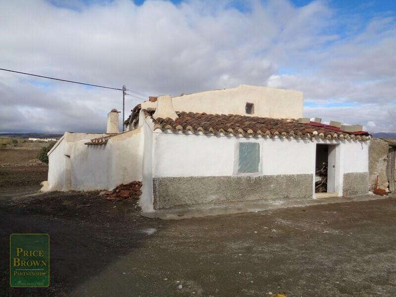 AF696: Cortijo for Sale in Oria, Almería