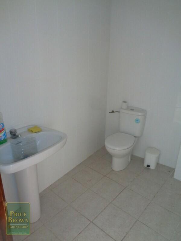 AF710: Commercial Property for Sale in Partaloa, Almería