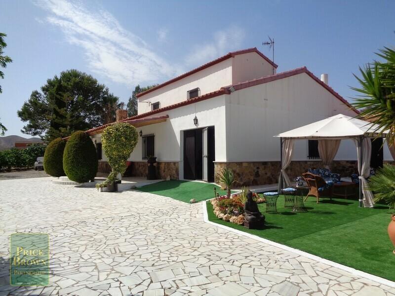 AF712: Cortijo for Sale in Arboleas, Almería
