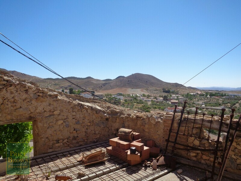 AF715: Townhouse for Sale in Oria, Almería