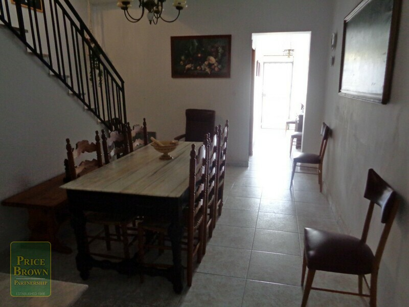 AF719: Townhouse for Sale in Cantoria, Almería