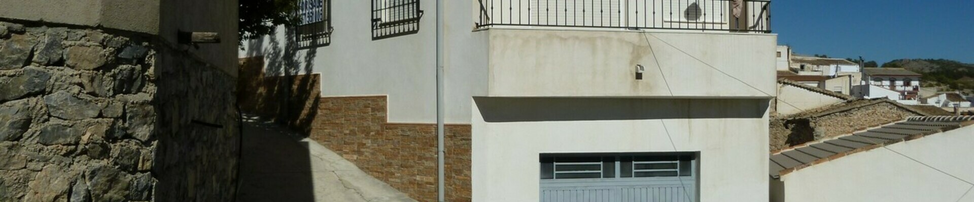AF748: 3 Bedroom Townhouse for Sale