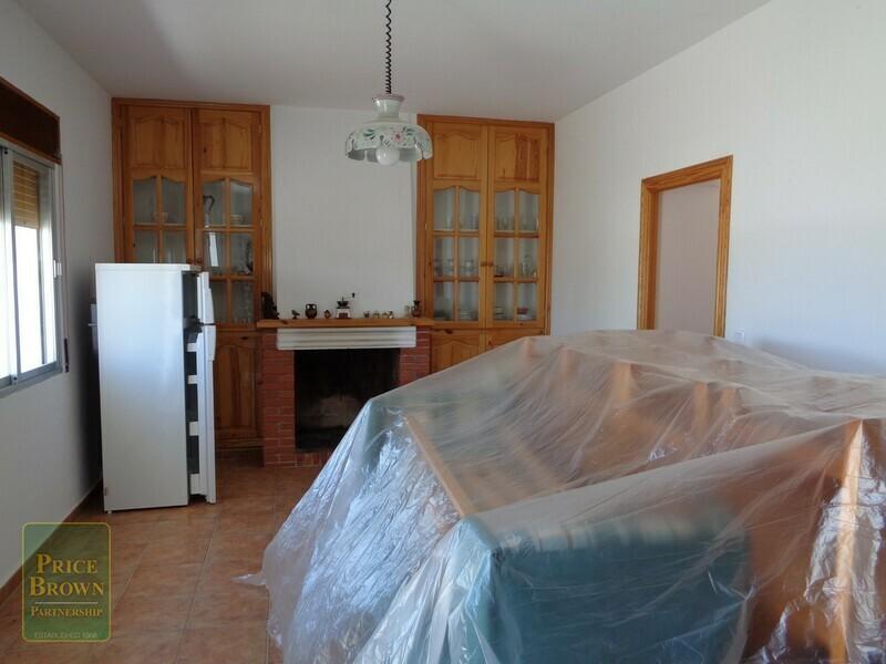 AF750: Cortijo for Sale in Saliente Alto, Almería