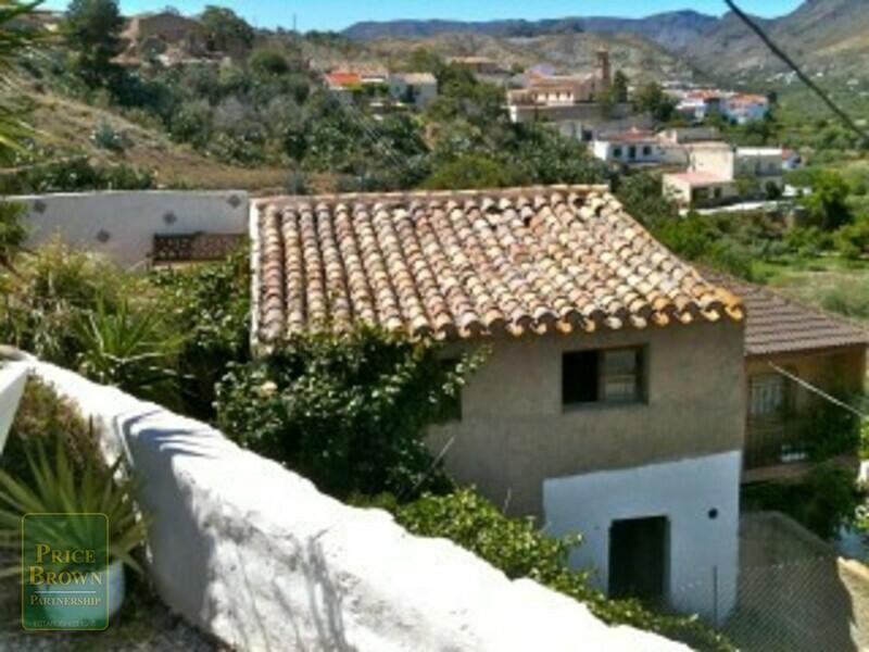 AF757: Cortijo for Sale in Oria, Almería