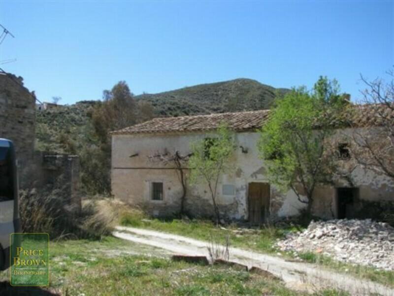 Cortijo en Lubrin, Almería