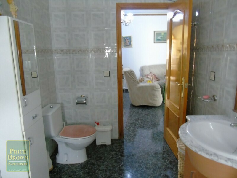 AF786: Apartment for Sale in Fines, Almería