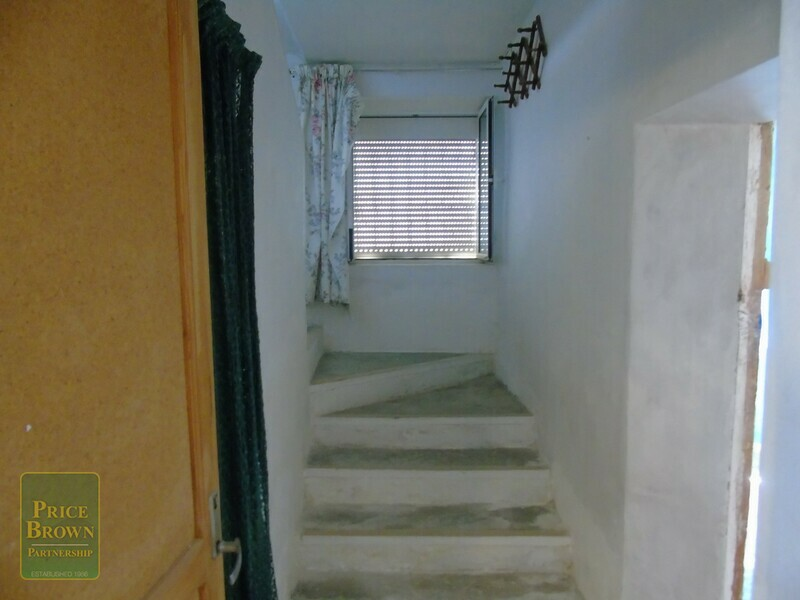 AF823: Townhouse for Sale in Oria, Almería