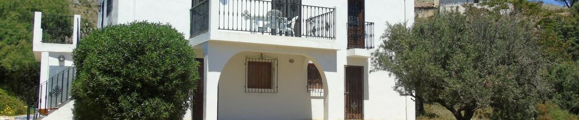 AF871: 4 Bedroom Cortijo for Sale