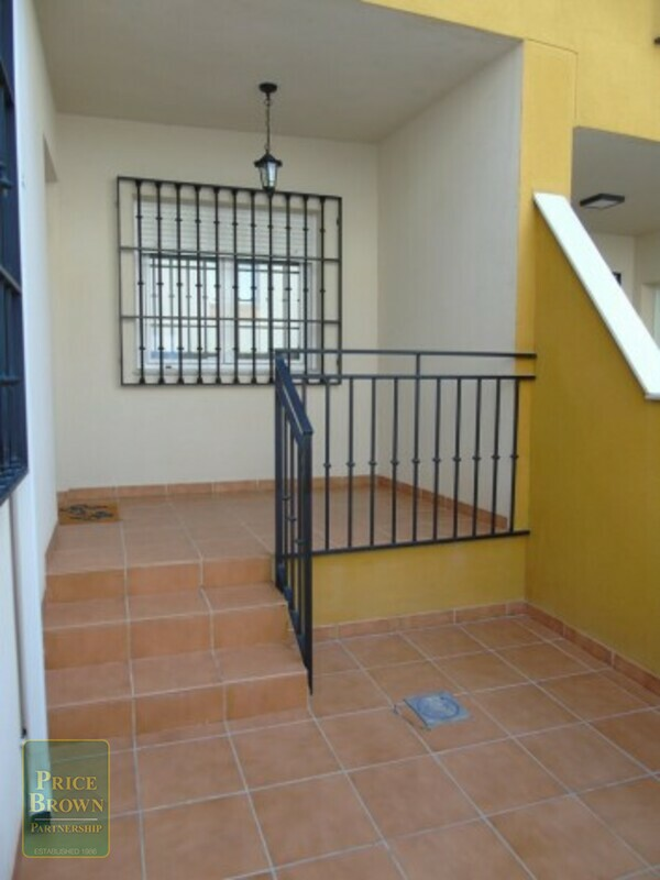 AF875: Townhouse for Sale in Fines, Almería