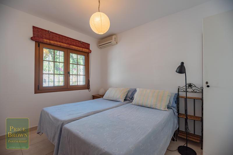 AR: Apartment for Rent in Mojácar, Almería