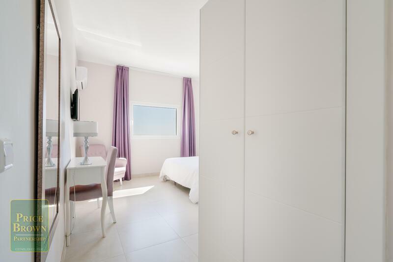 C639: Commercial Property for Sale in Mojácar, Almería