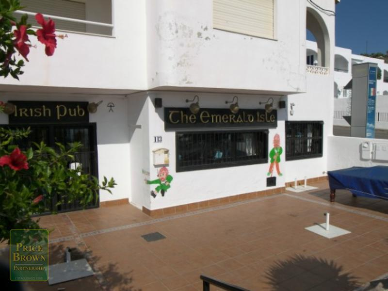 C642: Commercial Property for Sale in Mojácar, Almería