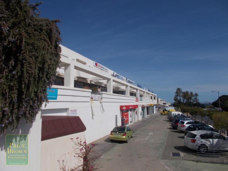 C646: Comercial en venta en Mojácar, Almería
