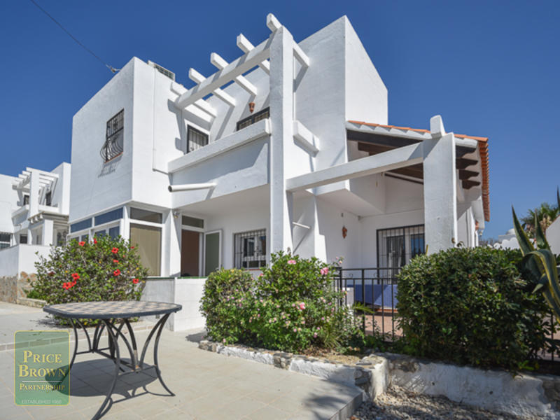 DV1101: Villa for Sale in Mojácar, Almería