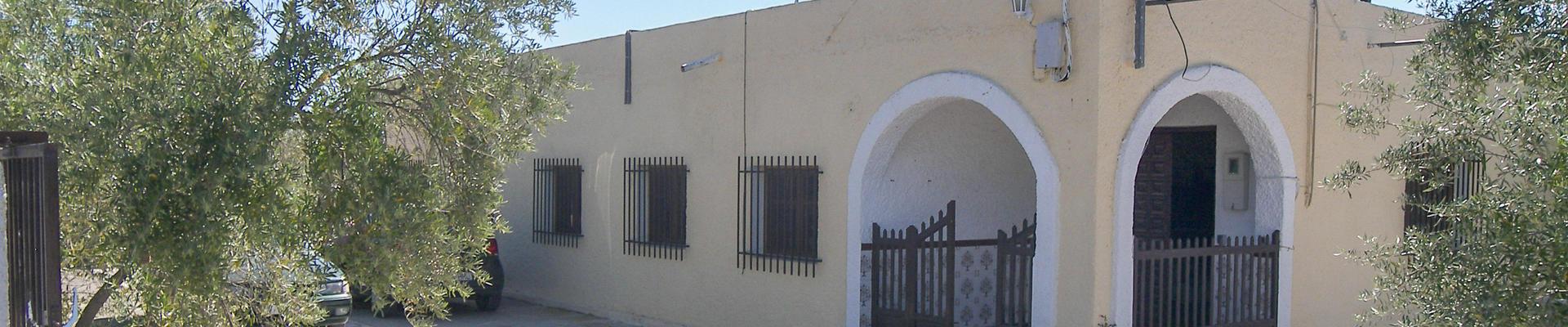 DV1306: 5 Bedroom Villa for Sale