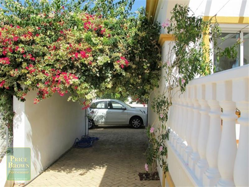 DV1360: Villa for Sale in Playa Marques, Almería