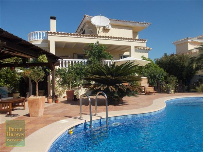 DV1464: Villa for Sale in Turre, Almería